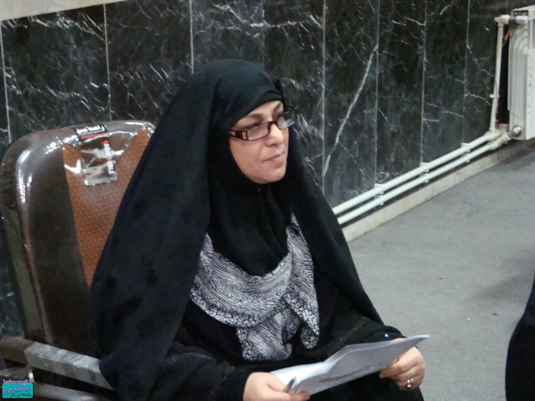 برگزاری محفل قرآنی بانوان به مناسبت میلاد دهه فجر و روز زن توسط موسسه مصباح الهدی لاهیجان